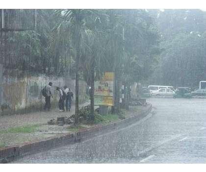 ملک کے مختلف حصوں میں بارش سے بعد موسم خوشگوار ، جڑواں شہر وںنشیبی علاقے ..