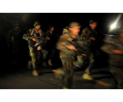 افغانستان میں طالبان کی پیش قدمی روکنے کے لیے کرفیو لگا دیا گیا