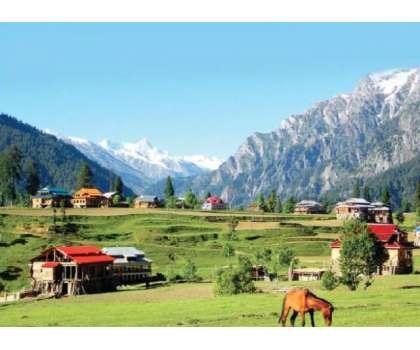 آزاد کشمیر میں سیاحوں کی آمد پر 10 روز کے لیے پابندی عائد کردی گئی