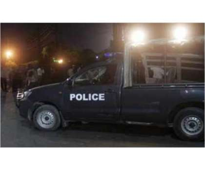 فیصل آباد:کار سوار لڑکی سے نازیبا حرکات کا الزام، ایس ایچ او سمیت 5 ..