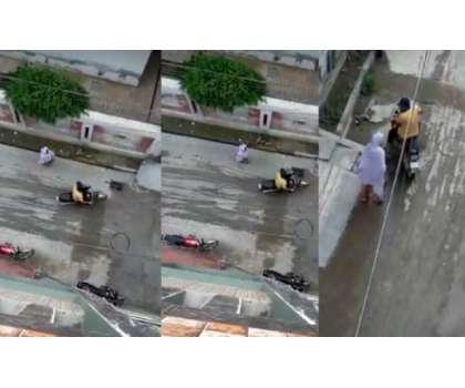 اوباش نوجوان کی راہ چلتی لڑکی کے ساتھ غیر اخلاقی حرکات، ویڈیو سامنے ..