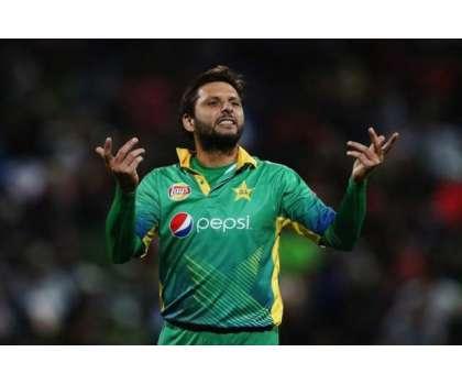 پاکستان کی حمایت میں بولنے والے غیر ملکی کرکٹرز کا مشکور ہوں، شاہد ..