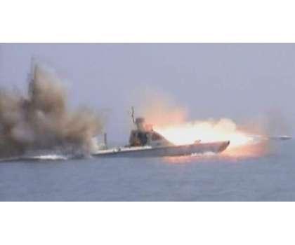 حوثی باغیوں کا ایک اور حملہ ناکام، 2 بارود سے بھری کشتیاں تباہ