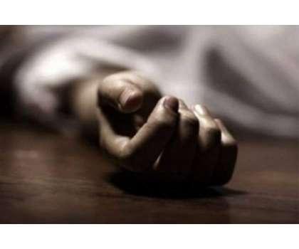 عیدالاضحی کے موقعہ پر بچوں کے سامنے باپ نے اپنی بیوی کو مار ڈالا