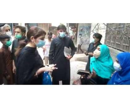 نارووال کی اسسٹنٹ کمشنر کی خواتین کے ساتھ بدتمیزی، ویڈیو وائرل