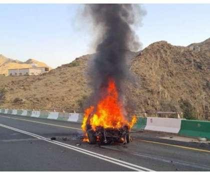 سعودی عرب کے شہر طائف میں ٹریفک حادثے میں نوجوان جھُلس گیا