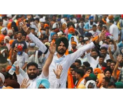 متنازعہ زرعی قوانین،بھارتی کسانوں کا احتجاج پھر سے زور پکڑنے لگا،کسانوں ..