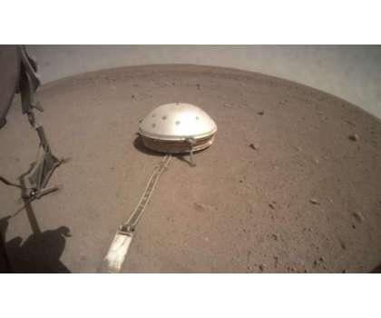 سائنسدان مریخ کی اندرونی ساخت کا مکمل تعین کرنے میں کامیاب ہو گئے