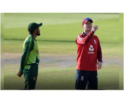 برطانوی حکومت کی جانب سے انگلش کرکٹ بورڈ کو دورہ پاکستان کیلئے راضی ..