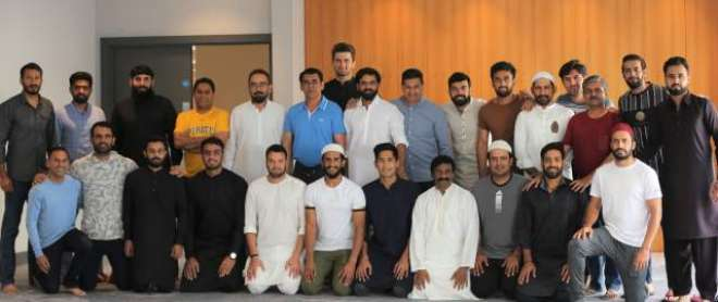 قومی کرکٹرز نے مانچسٹر میں عید الاضحی کی نماز ادا کی