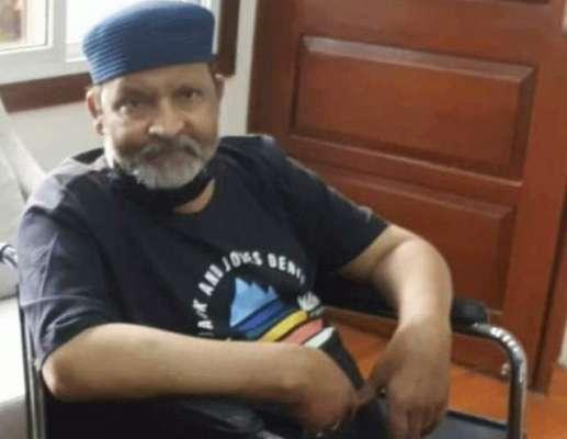 ْعمرشریف کی علاج کیلئے امریکہ منتقلی کیلئے ایئرایمبولینس پرسوں کراچی ..
