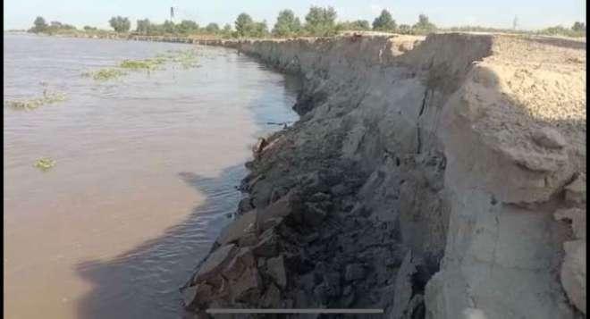 دریائے ستلج میں پانی کی سطح مزید بلند ہونے لگی دریا کے پیٹ میں کھڑی ..
