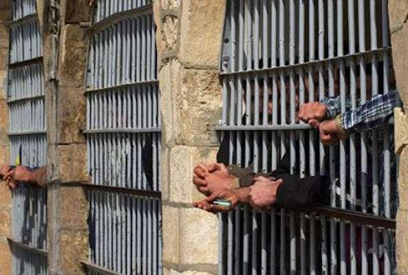 سرگودہا پولیس کی کارروائی، 13 ملزمان گرفتار ، شراب وناجائزاسلحہ برآمد