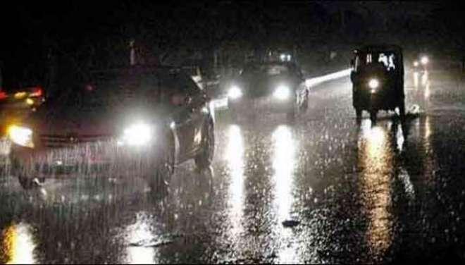 لاہور سمیت ملک کے کئی شہروں میں گرج چمک کیساتھ بارش