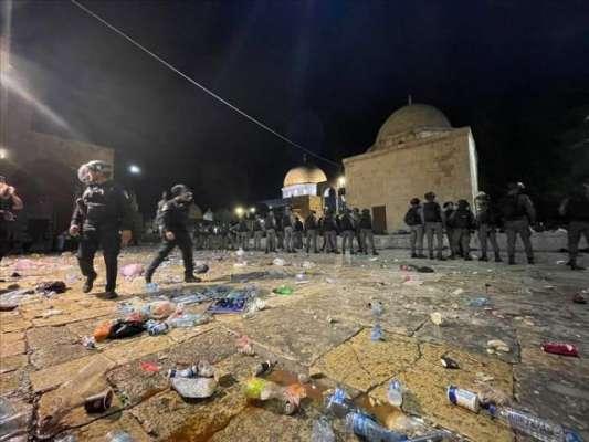 اسرائیلی فورسز کا مسجد اقصیٰ کے قریب دوسرے روز بھی فلسطینیوں پر بدترین ..