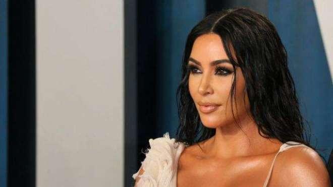 امریکی اداکارہ کم کارڈیشیئن پر اٹلی سے مجسمہ سمگل کر نے کا الزام
