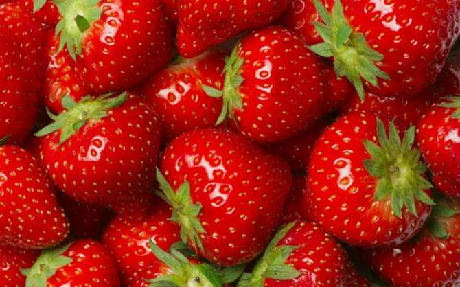 Strawberry Aik Munfarid Aur Mufeed Phal