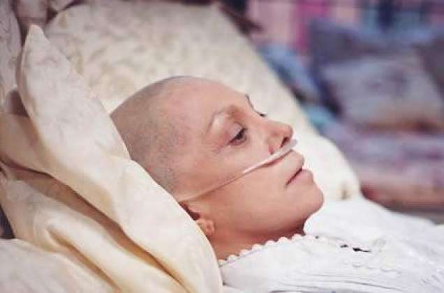 Cancer K Mareezon Ko Kin Cheezon Se Bachna Chahiay