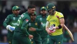 Pakistan Ne Semifinal Tak Pohanchane K Liye Pehli Dewaar Gira Di