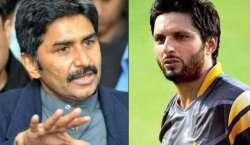 Javed Miandad Or Shahdi Afridi Cricket Heroes