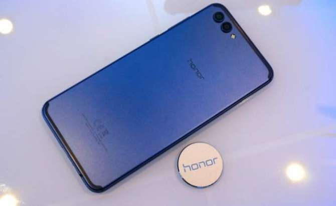 Honor View 10 unveiled to take on the OnePlus 5T with dual camera and big battery
