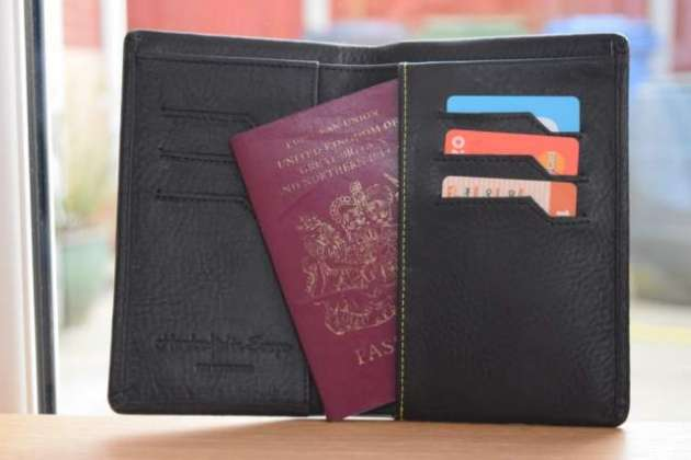 This smart wallet tells you when you've been pickpocketed