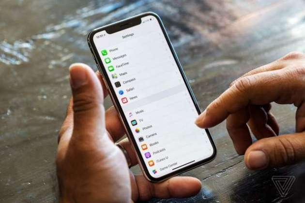 Future iPhones may have curved screens and touchless gesture controls