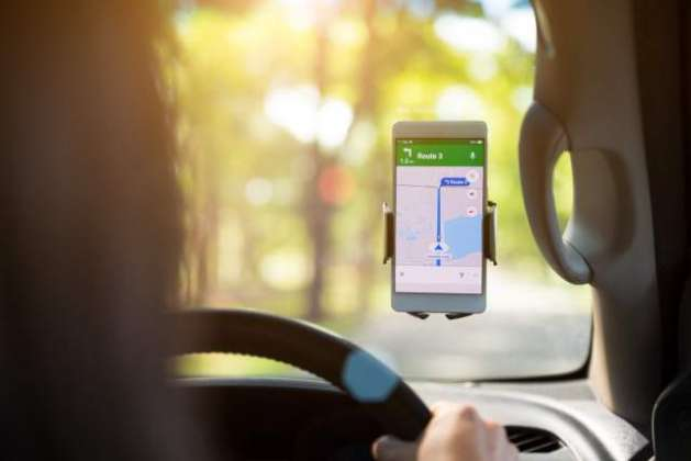 Google Maps allows some users to report car crashes and police speed traps