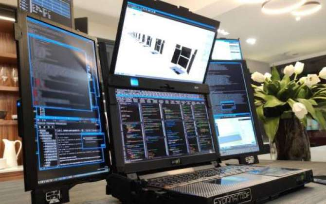 Company demonstrates laptop with seven screens