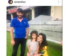shares fan moment with shahid afridi and her daughter asmara afridi
