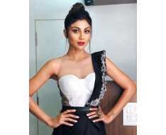 bling vibe in outfit, , new year episode for superdancer 2 styled by assisted by make up hair by