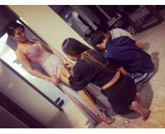 its amazing how many people it takes to get ready...
