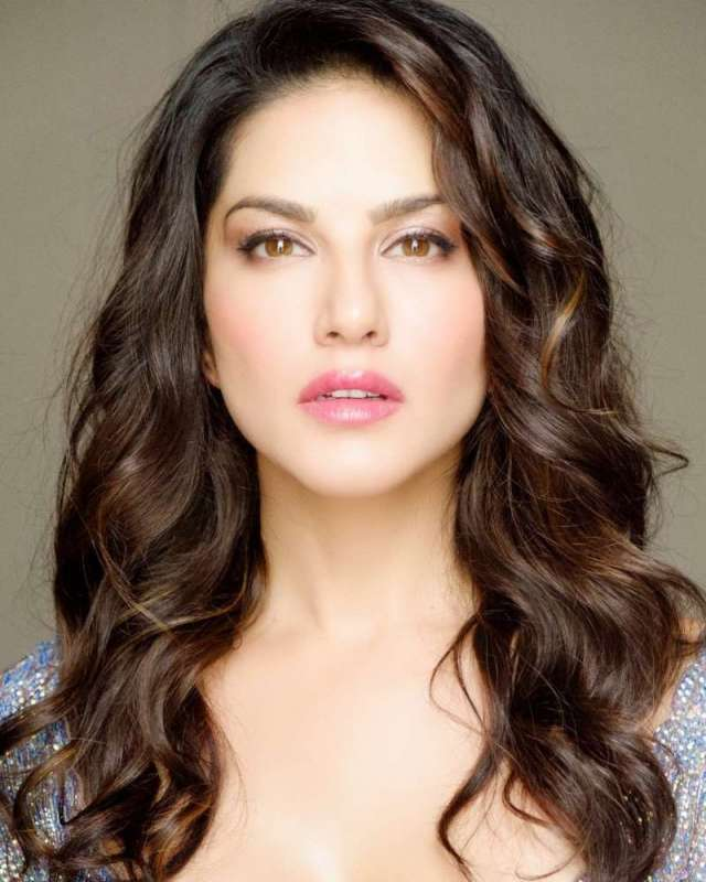 Love This Shot By Make Up By Tom Hair Style By And Hair Colour Specialist -  Sunny Leone New Photo