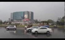 PSL3: Rain in Lahore - Live from Gaddafi Stadium @ UrduPoint