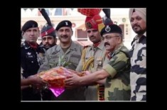 How Diwali is Celebrated on Pakistan India Border ? Watch the video to find out more!