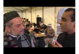 Iftar Feast For Hundreds Of Muslims In Al Madina Masjid Sydney, Watch With Aurangzeb Baig