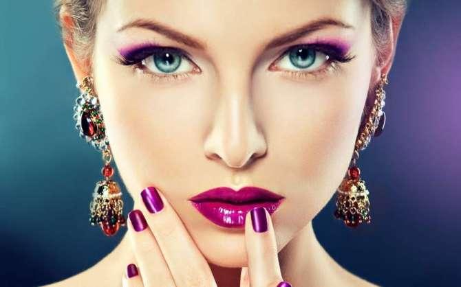Makeup Se Khizan Main Bahaar Layen