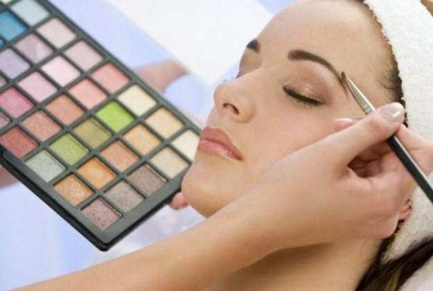 Makeup K Liay Zaroori Tips