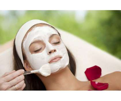Facial Massage Se Khoob Surti