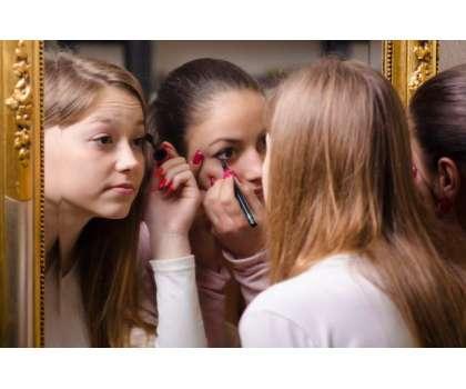 Make Up Teen Age Ke Liye