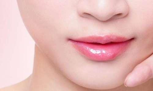 ہونٹوں کی سیاہی دور کرنے کا بہترین ..